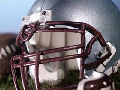 clip_football_helmet